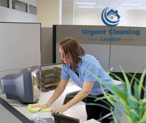 office-cleaning-urgent-cleaning-2